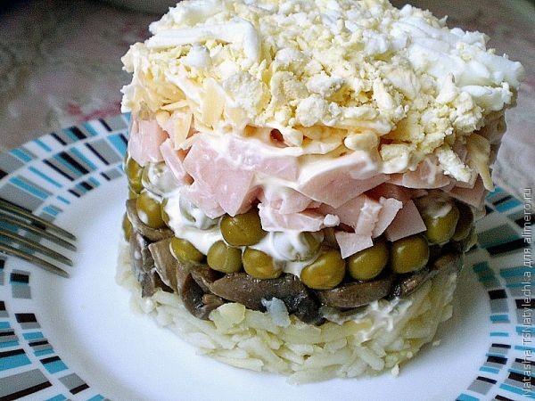 Рецепты салатов с ветчиной с фото пошагово