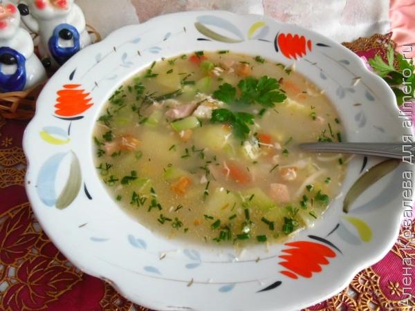 Сырный суп с колбасой и вермишелью рецепт